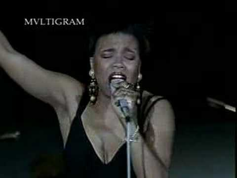 Women in blues -- Dee Dee Bridgewater online metal music video by DEE DEE BRIDGEWATER
