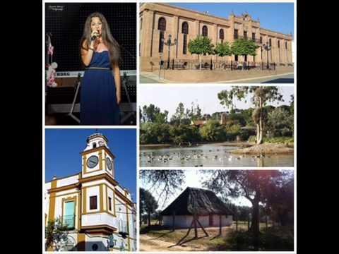 """María Artés hablando en Canal Fiesta Radio de su pueblo """"La Puebla del Río"""" 2013"""