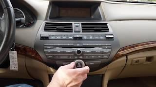 2010 Honda Accord:Retrieving and Entering Radio Security Code