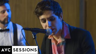 """Ezra Furman performs """"Suck The Blood From My Wound"""" 