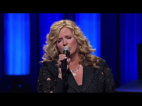 Country star Trisha Yearwood broke out jewelry belonging to country music royalty, Patsy Cline, to celebrate her 20th anniversary as a Grand Ole Opry member. (March 13)