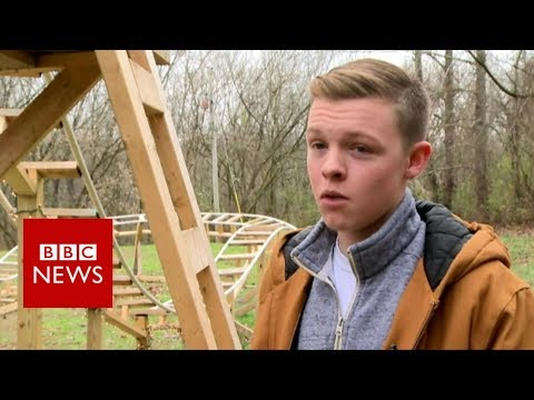 Bored teen in Kentucky builds his own rollercoaster - BBC News