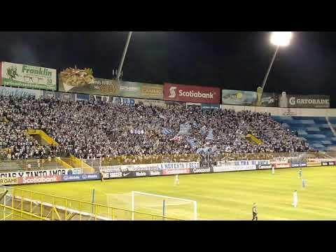 """""""Recibimiento de la Ultra Blanca y Barra Brava 96 en Alianza 1-1 Motagua Ida Semifinal por SCCL2019"""" Barra: La Ultra Blanca y Barra Brava 96 • Club: Alianza"""