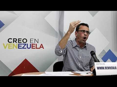 Βενεζουέλα: Συγκέντρωση υπογραφών κατά του προέδρου Μαδούρο