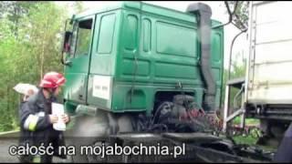 Kobieta uwięziona w samochodzie - wypadek w Olchawie, 28 września 2010 - zajawka