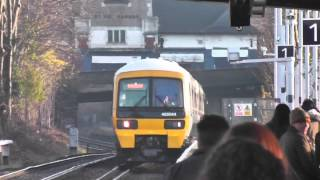 preview picture of video 'Class 465044 arrives at Eltham'