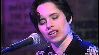 NATALIE MERCHANT - EAT FOR TWO / INTERVIEW - JON STEWART SHOW 1993