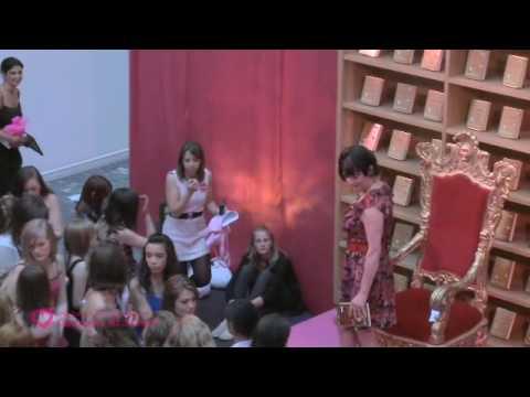 Vidéo de Louise Rennison