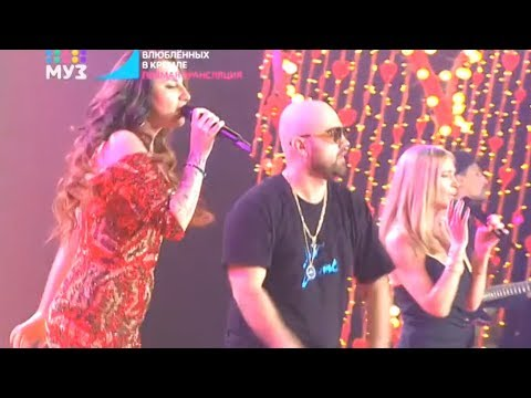 Глюк'oZa (Глюкоза) feat. Artik & Asti «Пахну лишь тобой» | Праздник для всех влюблённых, 14.02.2018
