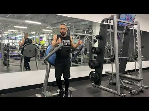 Radstar Fitness - Roman Chair Twisting Knee Raises - Core Exercise