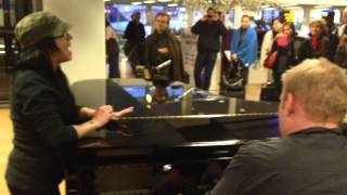"Kat Perkins Sings ""Someone Like You"" by Adele in Amsterdam Airport"