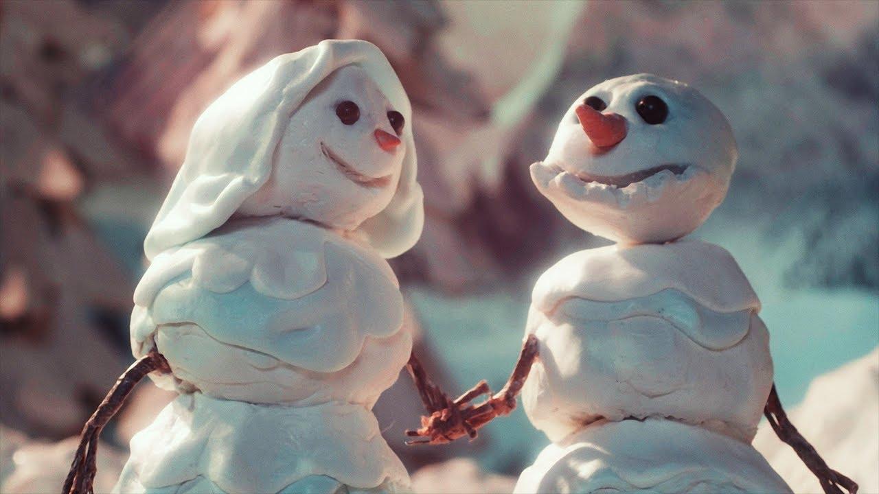 Lirik Lagu Snowman - Sia dan Terjemahan
