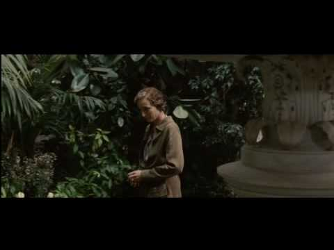 Easy Virtue Clip 'Greenhouse'