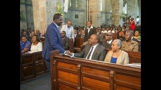 Uhuru Kenyatta and Raila Odinga's wazungumza katika sherehe za kanisa ya Anglikana