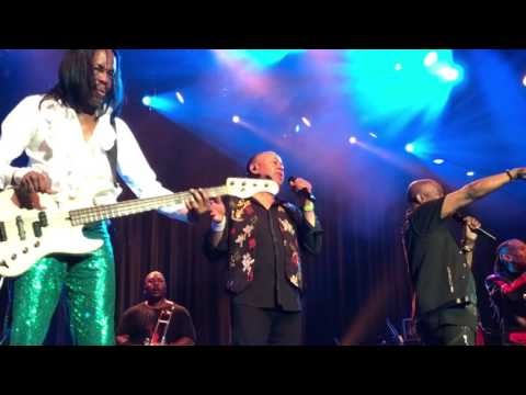 Shining Star/On Your Face by Earth Wind & Fire, Pechanga Theater, 6/9/17