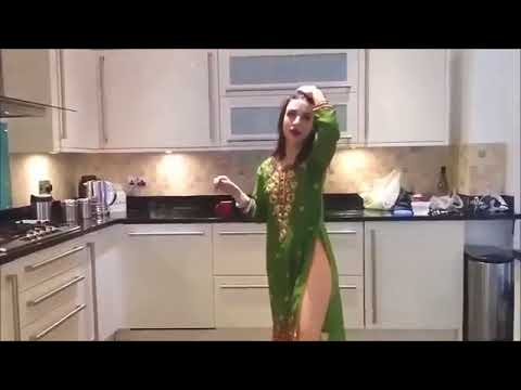 Hot Bhabhi ka bina kapdo ke nanga dance ka reharsal in home
