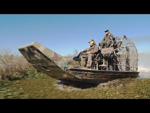 Fieldsports Britain – Giant rat hunting in Louisiana from an airboat + ShotShow kit (episode 112)