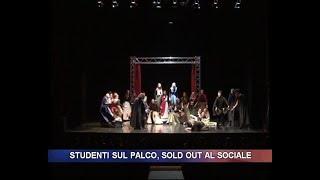 Studenti sul palco, sold out al sociale di Sondrio.