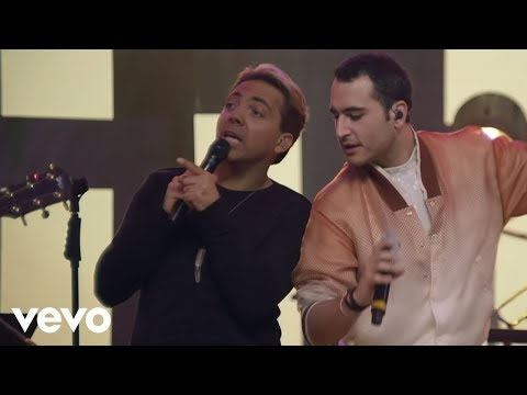 Christian Castro - Es Mejor Así ft. Reik (En Vivo)