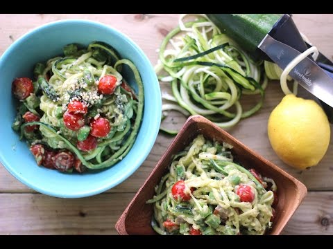 Video Creamy Avocado Zucchini Pasta | Healthy Summer Recipes