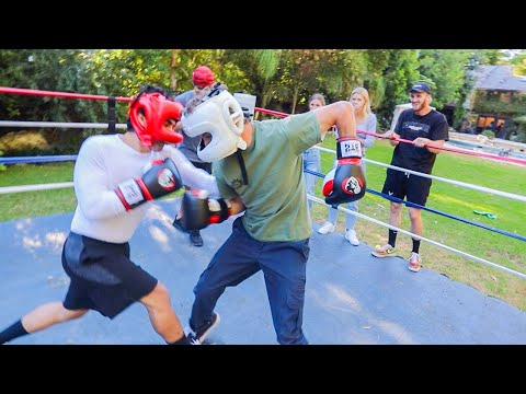Boxing A Famous Youtuber In Front Of Logan!