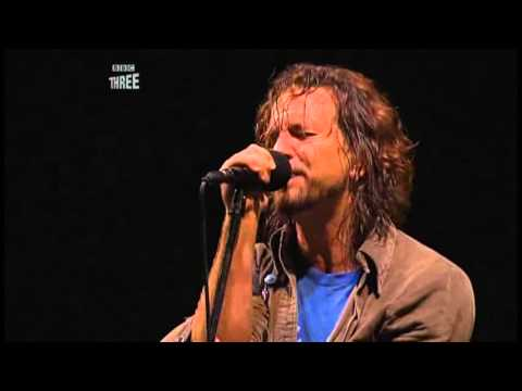 Pearl Jam - Save You (Reading Festival, UK 2006)