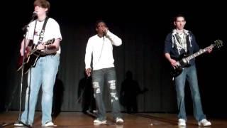 Pumped Up Kicks Live at School Talent Show(1st Place Winner)