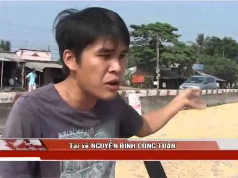 """Đồng Nai: Thêm vụ """"hôi bắp"""" của xe tải gặp nạn"""