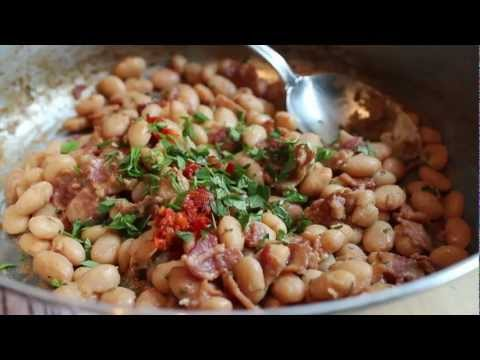 Bacon & Cranberry Bean Ragout – Fresh Shelling Beans Stewed with Bacon and Herbs