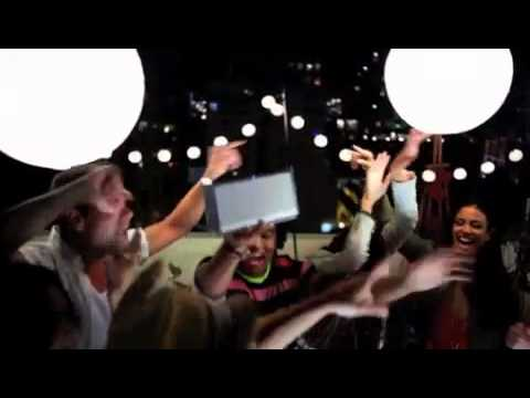 Commercial for Bose SoundLink (2013) (Television Commercial)