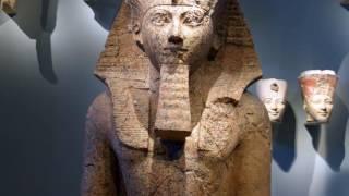 Hatşepsut'un Cenaze Tapınağı ve Diz Çökmüş Büyük Heykeli, Yeni Krallık, Mısır (Sanat Tarihi)