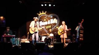 "Bruce Robison & Kelly Willis cover Don Williams' ""We're All the Way"" @ Antone's ATX 8/2012"