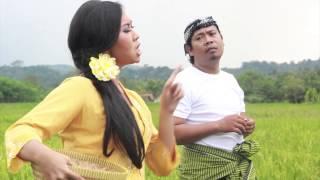 Download lagu Wulan Feat Trenggono Ngajak Balen Mp3