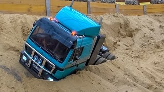 RC truck action and Mercedes SK stuck at RC Glashaus! BIG R/C FUN!   Kholo.pk