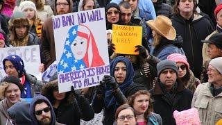 Против мигрантов: МНБ США получило дополнительные полномочия