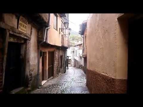 Hervás. Pueblo de Cáceres. Sus calles, su puente.