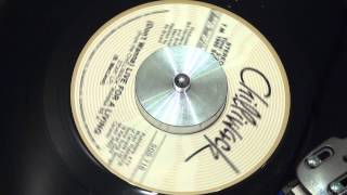 CHILLIWACK - (Don't Wanna) Live For A Living - 1981 - SOLID GOLD