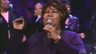 "Aretha Franklin Performs ""Freeway of Love"" - 3/27/2002"