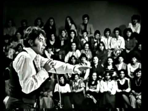 """Sandro """"Rosa,rosa"""" En el show de las estrellas Colombia 1978."""