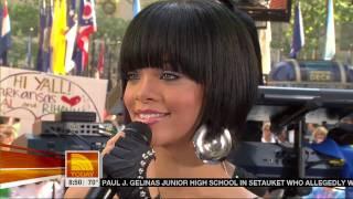[1080p] Rihanna   Umbrella @ (Today Show 06.08.07) HD