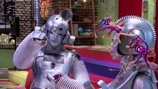 """Лодовика Комельо, Робот-Лодовика на """"The U-Mix Show"""""""
