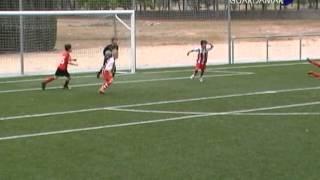 preview picture of video 'Fútbol benjamín. Jor. 25  Cox 3-4 Sp. Guardamar.mpg'
