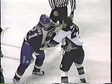 Mike Brown vs Kevin McDonald