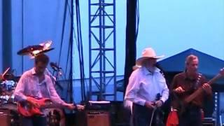 The Charlie Daniels Band Intro: Fiddlin Man/Drinkin my baby goodbye