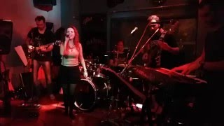 Long train running – Doobie Brothers (Cover by The Full House Band )