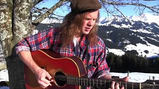 Russell Joslin - A Land Far Away (live)