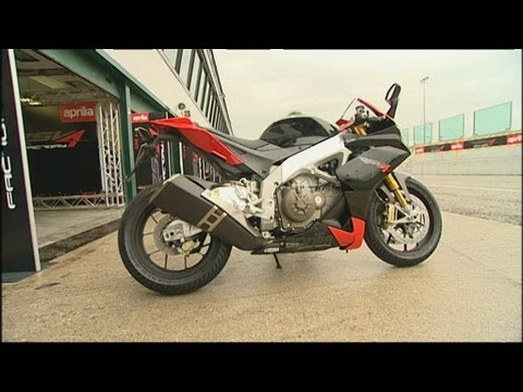 Aprilia RSV4 Bike Review