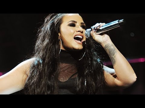 Demi Lovato - Vocal Highlights at Allstate Arena! (Chicago, 2017)
