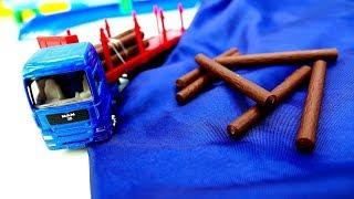Yardımcı araçlar - Taşıyıcı arabalar. Erkek çocukları için video.