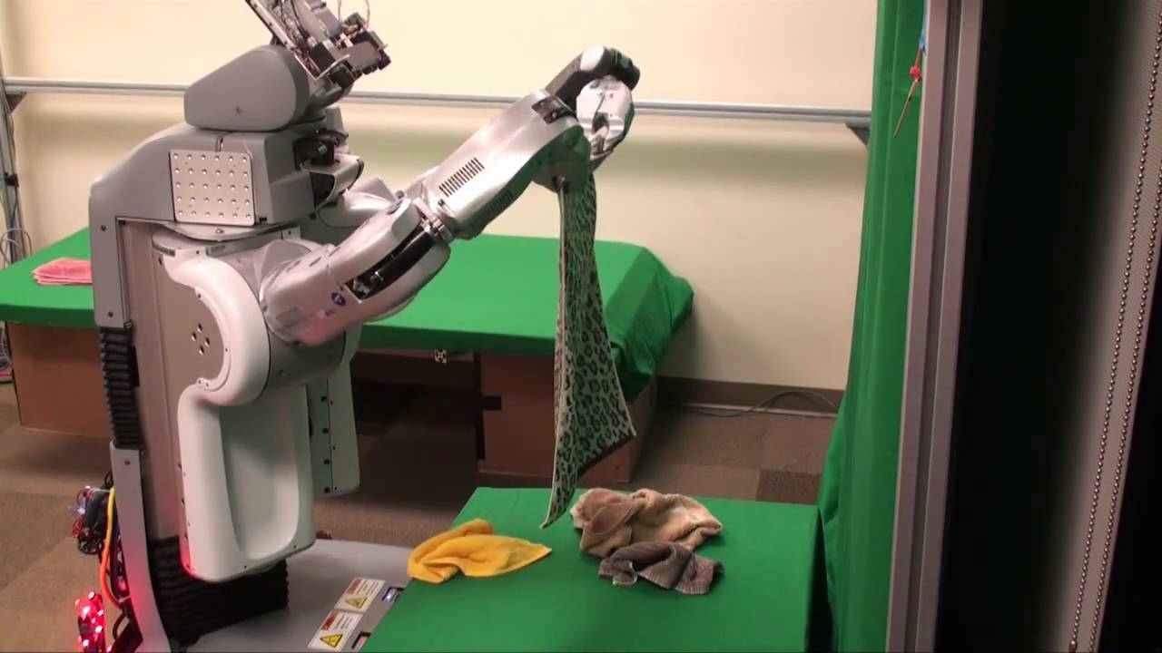 Watch How Seriously The PR2 Robot Takes Its Laundry Directive